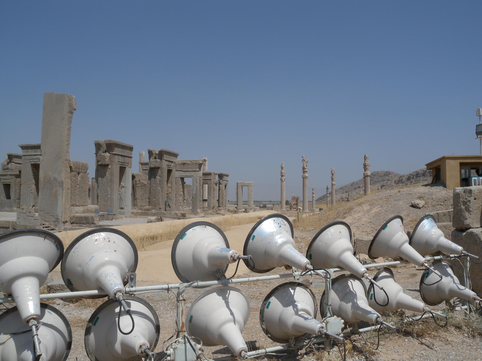 Spotlights at the ruins of ancient Persian city of Persepolis (Takhte Jamshid). Photo: Maite Elorza