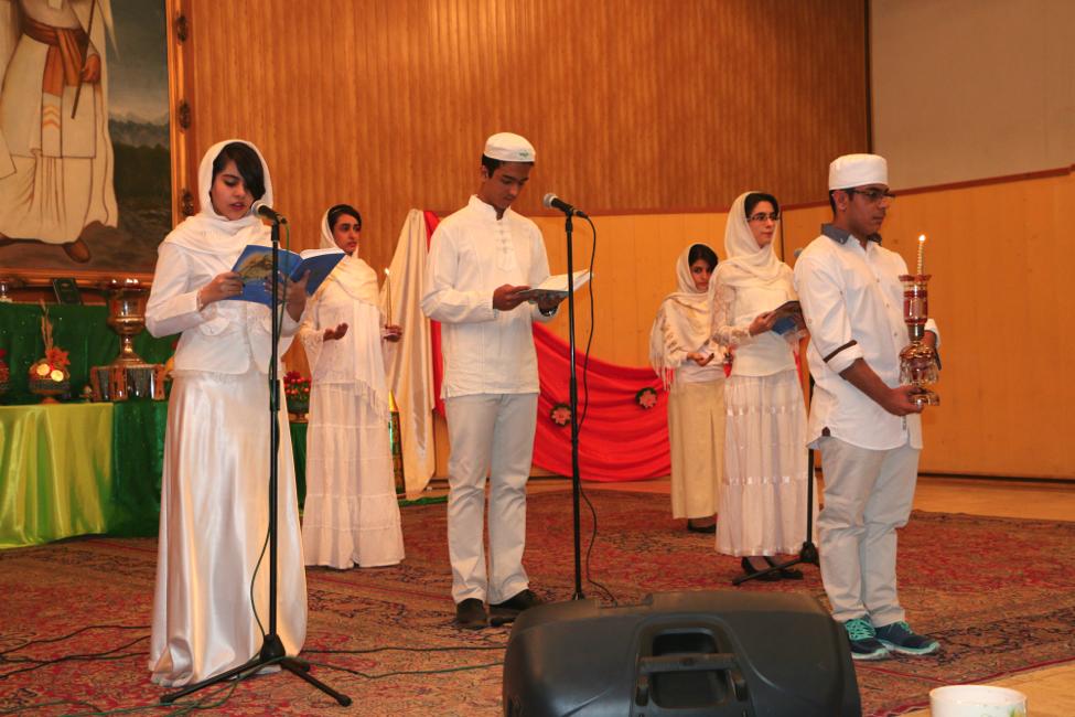 Zoroastrian youth recite the Gathas.
